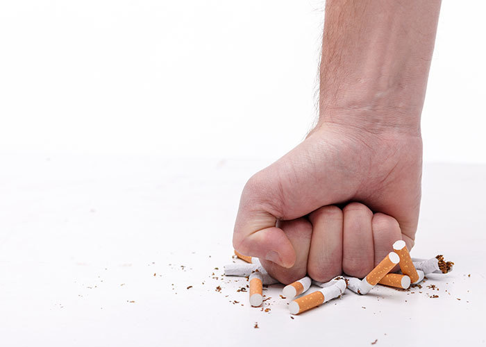 Uscire con qualcuno che fuma sigarette